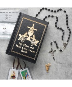First Communion Missal Set for Girl with Plastic Wallet