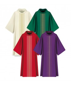 Dalmatic in Brugia Fabric with '4' Collar
