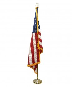 Colonial Nyl-Glo Mounted Set with US Flag
