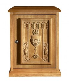 Tabernacle in Wood with Chalice Medium Oak Stain